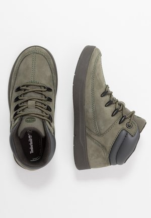 DAVIS SQUARE - Sneakers hoog - dark green