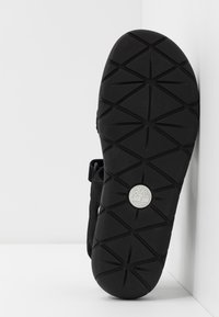 Timberland - PERKINS ROW 2-STRAP - Sandals - black - 4