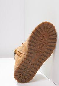 Timberland - POKEY PINE  - Lace-up ankle boots - wheat - 4