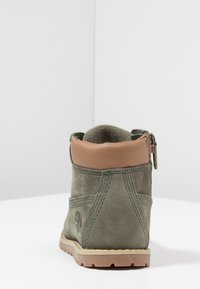 Timberland - CASUAL POKEY PINE 6IN BOOT WITH SIDE ZIP - Lace-up ankle boots - dark green - 4