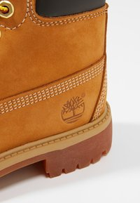 Timberland - 6 IN PREMIUM WP BOOT - Lace-up ankle boots - wheat - 2