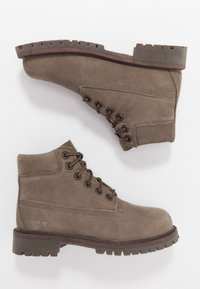 Timberland - 6 IN PREMIUM WP BOOT - Lace-up ankle boots - olive - 0