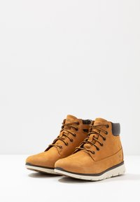 Timberland - KILLINGTON 6 IN - Lace-up ankle boots - wheat - 3