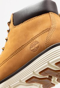Timberland - KILLINGTON 6 IN - Lace-up ankle boots - wheat - 2