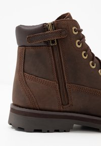 Timberland - COURMA TRADITIONAL - Šněrovací kotníkové boty - dark brown - 2