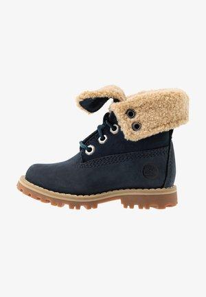 6 IN WP BOOT - Šněrovací kotníkové boty - medium blue