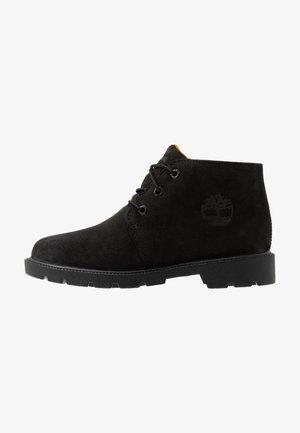 CHUKKA WP - Sportieve veterschoenen - black
