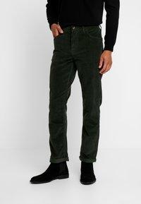 Timberland - SQUAM LAKE STRETCH PANT - Stoffhose - duffel bag - 0