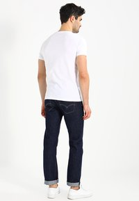 Timberland - CREW CHEST - Basic T-shirt - white - 2