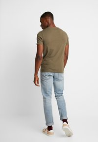 Timberland - DUNSTAN  - T-shirt basic - grape leaf - 2
