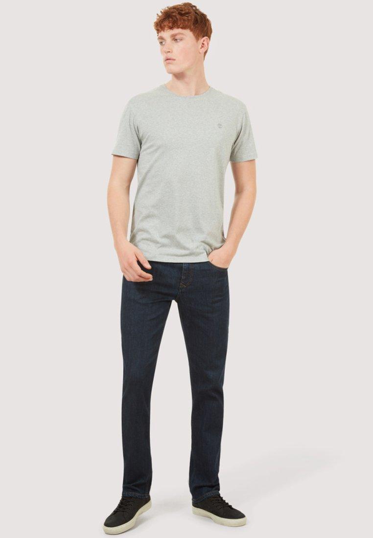 PackT Grey white Timberland black Basique Basic shirt 3 Slim Tee Y7mIfgyvb6