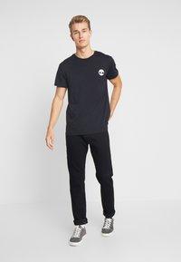 Timberland - LOGO TEE - T-shirt con stampa - black - 1