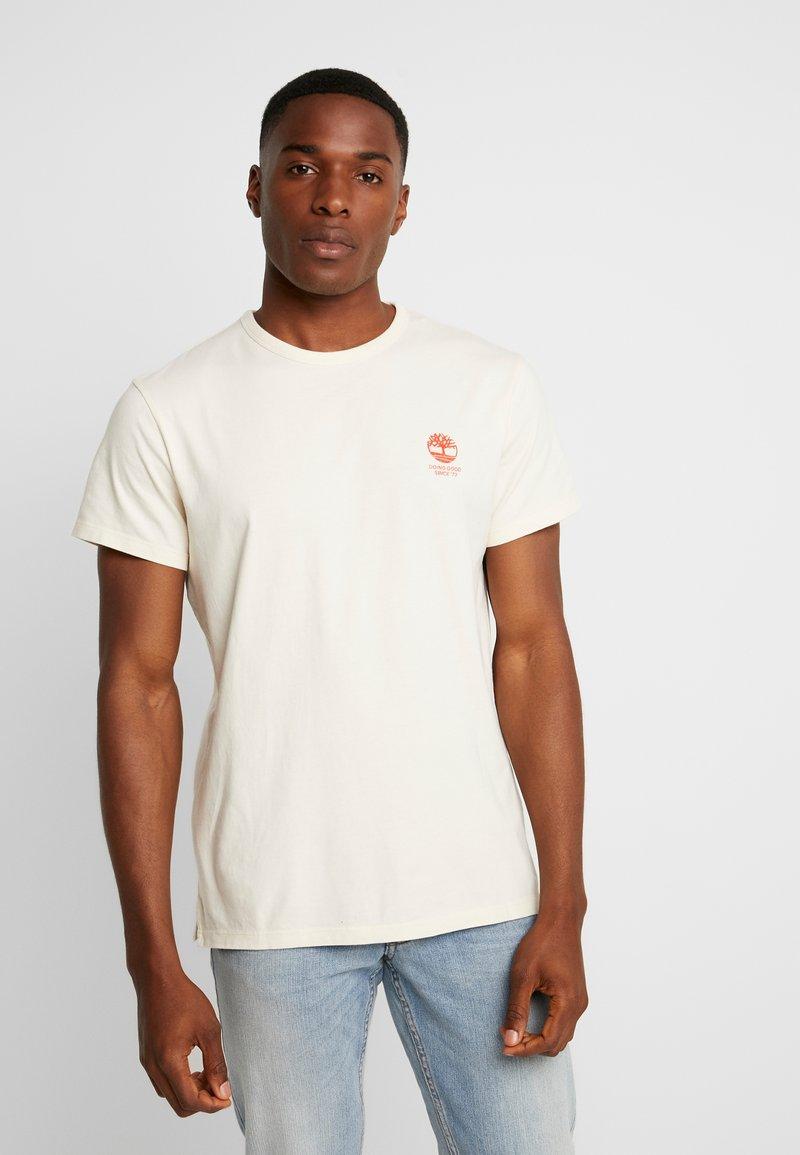 Timberland - WORKING INSPIRED TEE - T-Shirt print - white smoke