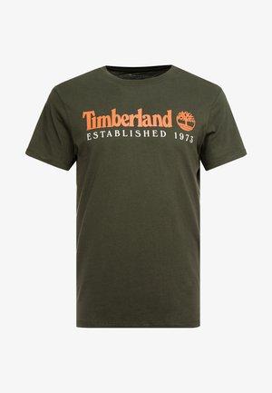 ESTABLISHED TEE - T-shirt con stampa - duffel bag