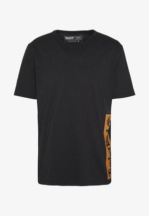 ESTABLISHED BLOCK LOGO TEE - T-Shirt print - black/wheat boot
