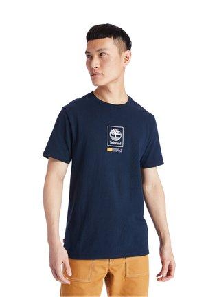 YC SS LOGO PLAY HEAVY TEE - T-shirt z nadrukiem - dark sapphire