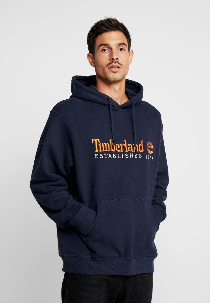 Timberland - OUTDOOR ARCHIVE HOODIE - Felpa con cappuccio - dark sapphire