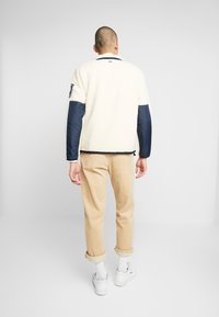 Timberland - OUTDOOR ARCHIVE SHERPA JACKET - Giacca in pile - dark sapphire/white smoke - 2