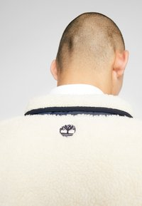 Timberland - OUTDOOR ARCHIVE SHERPA JACKET - Giacca in pile - dark sapphire/white smoke - 3