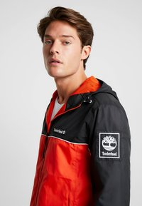 Timberland - FULL ZIP JACKET - Summer jacket - black/spicy orange - 3