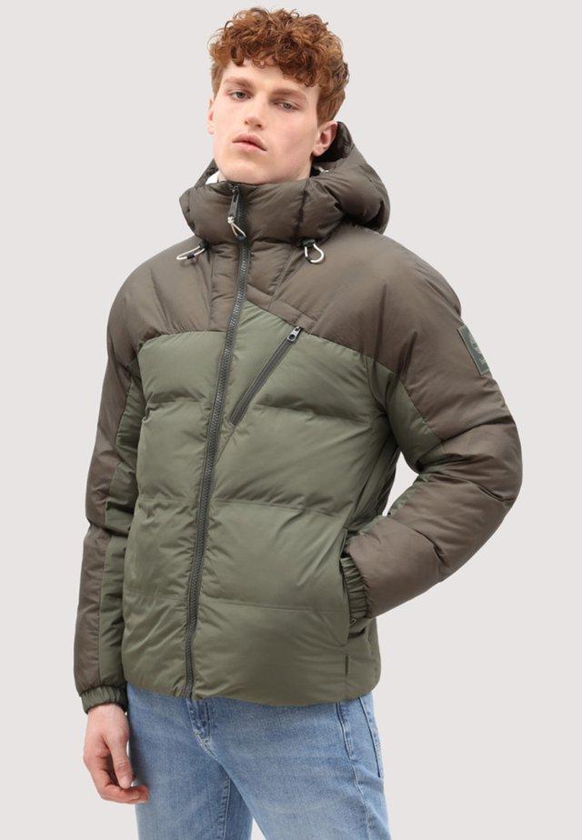 Winter jacket - grape leaf