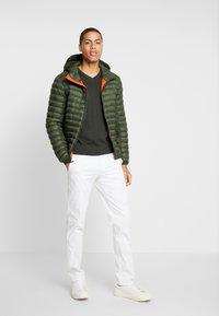 Timberland - AXIS PEAK HOODED - Light jacket - duffel bag - 1