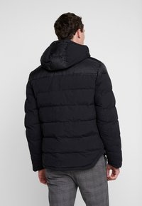 Timberland - UPDATE SOUTH TWIN JACKET - Winterjacke - black - 2