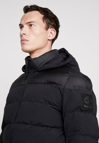 Timberland - UPDATE SOUTH TWIN JACKET - Winterjacke - black - 5