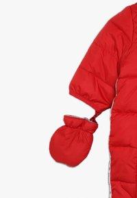 Timberland - BABY COMBINAISON PILOTE - Snowsuit - tomate - 3