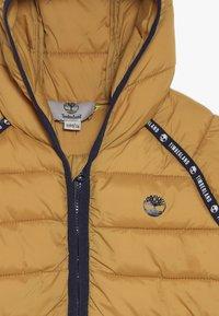 Timberland - BABY  - Winter jacket - yellow boots - 4