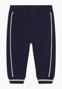 Timberland - Spodnie materiałowe - navy - 1