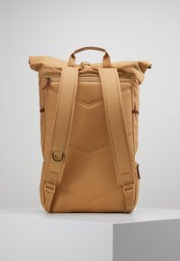 Timberland - ROLL TOP BACKPACK - Batoh - iced coffee