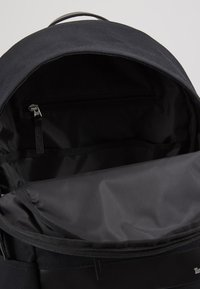 Timberland - CLASSIC BACKPACK - Tagesrucksack - black - 4