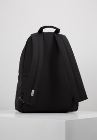 Timberland - NEW CLASSIC BACKPACK - Tagesrucksack - black - 2
