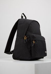 Timberland - NEW CLASSIC BACKPACK - Tagesrucksack - black - 3