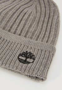 Timberland - SOLID RIB BEANIE - Mütze - light grey heather - 5