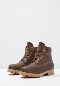Timberland - HERITAGE 6 INCH - Winter boots - brown - 2