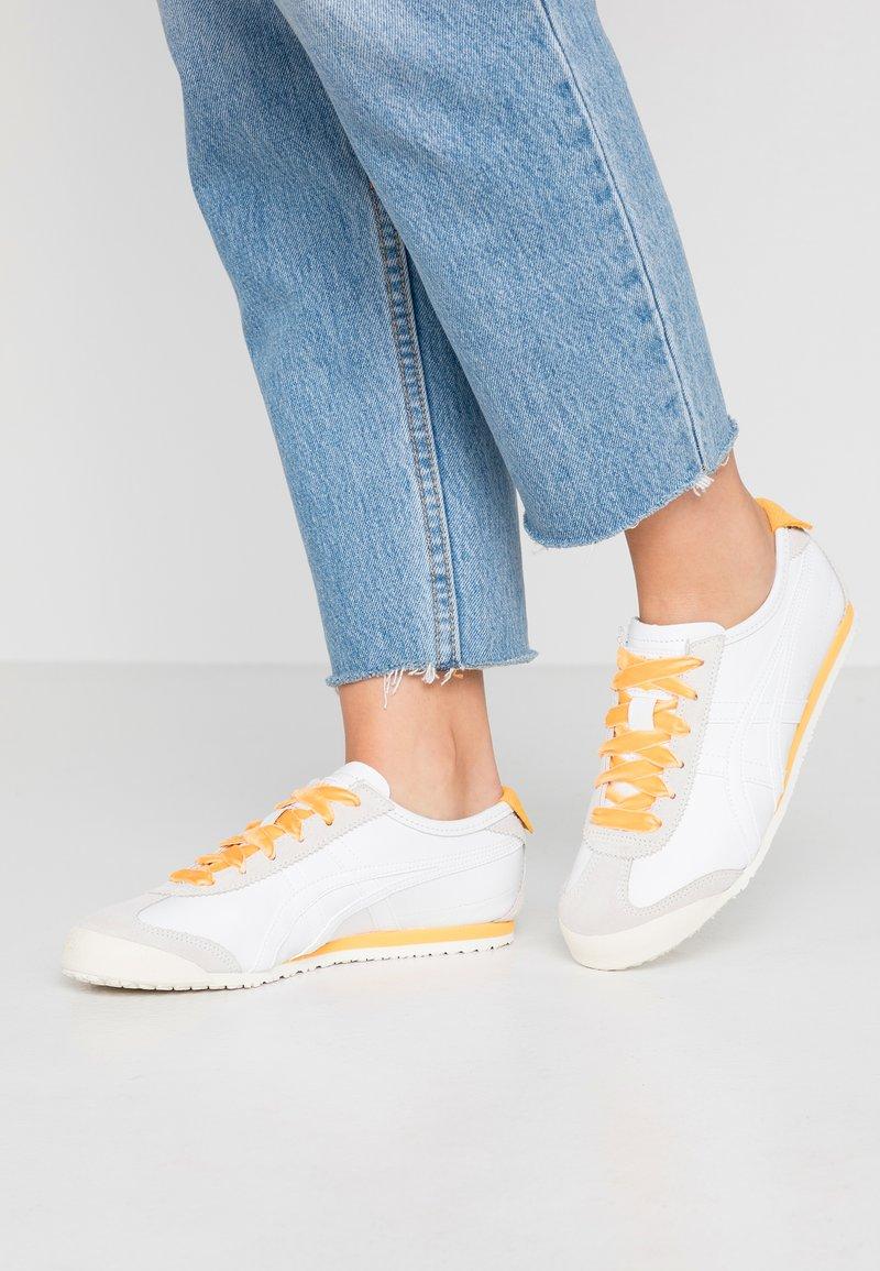 Onitsuka Tiger - MEXICO 66 - Sneaker low - white/yellow
