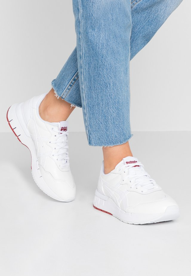 REBILAC RUNNER - Sneakers basse - white