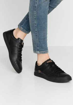LAWNSHIP RE-ENGINEREERED - Sneakers laag - black