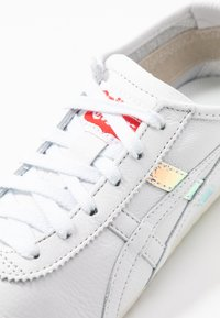 Onitsuka Tiger - MEXICO  - Sneakers - white/aurora - 2