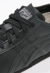 Onitsuka Tiger - MEXICO  - Sneakers laag - black/black - 5