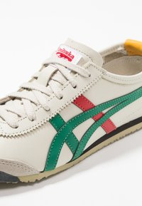 Onitsuka Tiger - MEXICO 66 - Sneakersy niskie - birch/green - 5