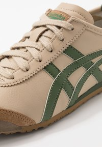 Onitsuka Tiger - MEXICO 66 - Sneakers - beige/grass green - 5