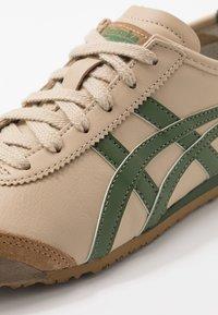 Onitsuka Tiger - MEXICO 66 - Joggesko - beige/grass green - 5