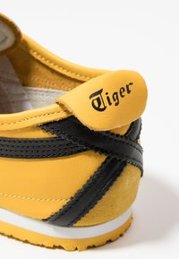 Onitsuka Tiger - MEXICO 66 - Sneakers laag - yellow/black - 5