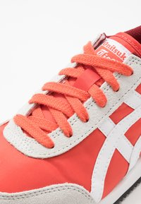 Onitsuka Tiger - NEW YORK - Sneakers basse - red snapper/white - 5