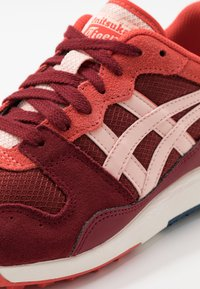Onitsuka Tiger - HORIZONIA - Sneakers laag - beet juice/breeze - 5