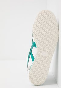 Onitsuka Tiger - MEXICO MID RUNNER - Trainers - white/jellybean - 4