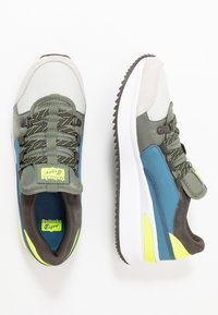 Onitsuka Tiger - EMPIRICAL 2.0 - Joggesko - glacier grey/burnt olive - 1